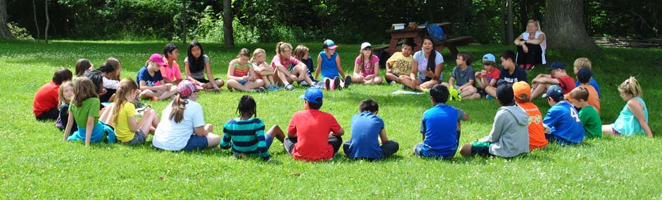 Circle learning at summer camp
