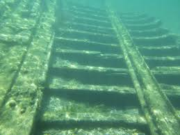 Image of submerged ship Underwater Archaeology in Ontario